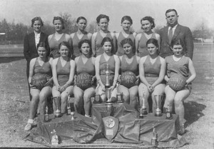 071217 Senior Girls basketball, 1936, 300 pixels