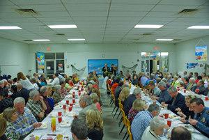 090307 Wide shot of banquet, 300 pixels